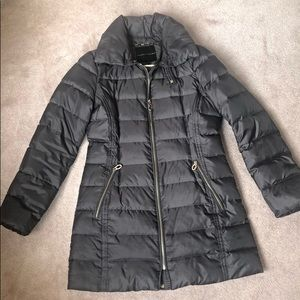 Ivanka Trump down gray puffer coat